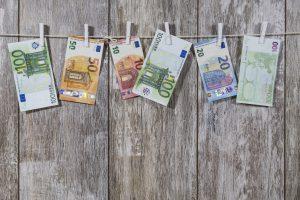 Read more about the article Helppoa ja edullista(kin) markkinointia – 6 vinkkiä ei-digitaaliseen perinteiseen markkinointiin