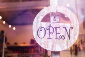 Read more about the article Miksi tuotteistaminen on sinulle yrittäjänä tärkeää?